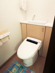 タンクレストイレで奥行きを広く