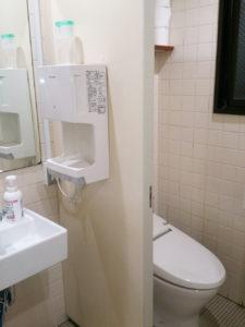 男子トイレ改修前